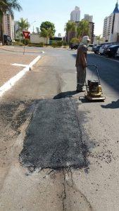 Reparo no asfalto