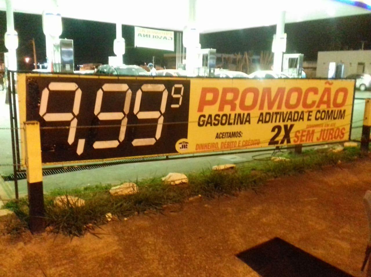 Gasolina 10 reais