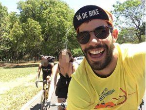 Ciclista Raul Aragão morreu atropelado na Asa Norte